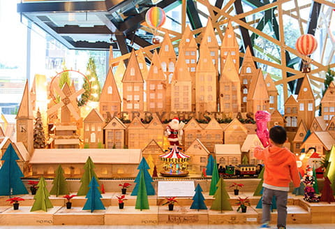 Swire Hotels EAST, hong kong's christmas village